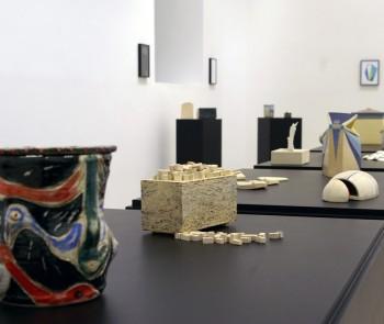 Mesa redonda en torno a la exposición Cajas. 10 propuestas de cerámica artística en Asturias