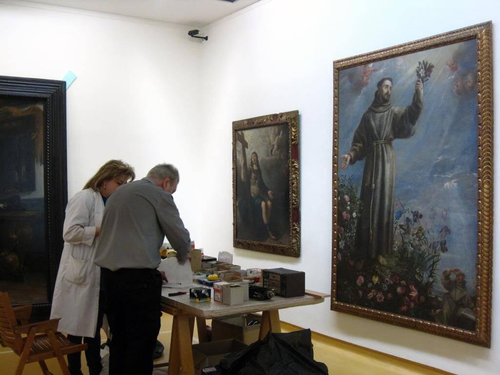 Trabajos en el remontaje de la Colección