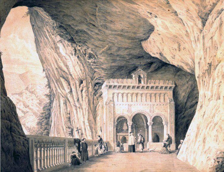 Interior del Santuario de Covadonga