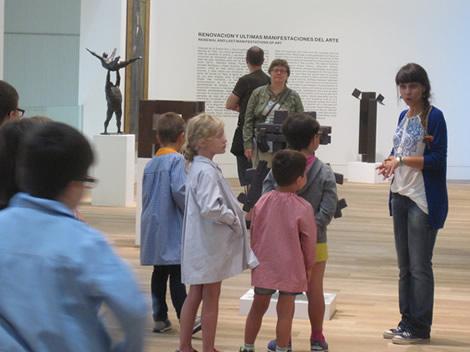 relieves-esculturas-en-el-museo
