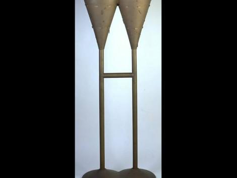 Copa doble, 1991, de Eva Lootz. Colección Liberbank